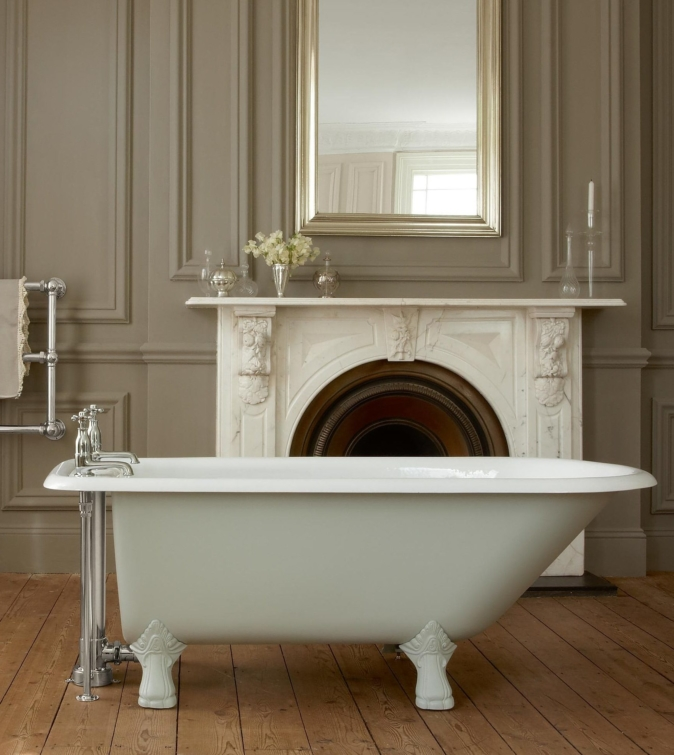 The Clyde cast iron single ended bath tub