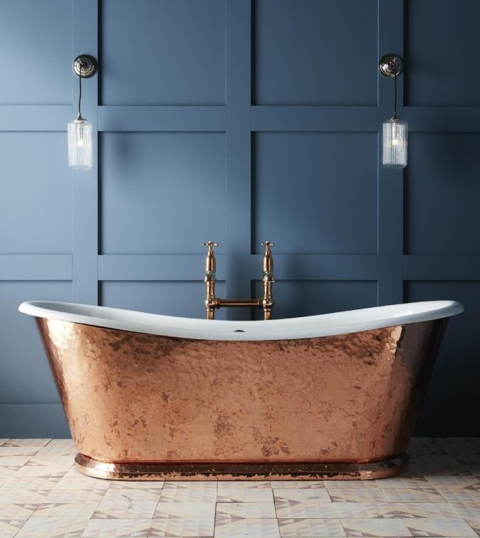 The Hammered Copper Wye cast iron bateau bath tub