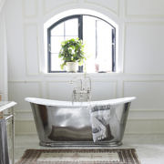 The Usk Bateau Cast Iron Bath Tub