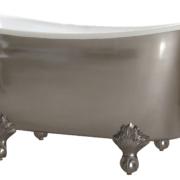 The Torridge Cast Iron Bath With Ball & Claw Feet