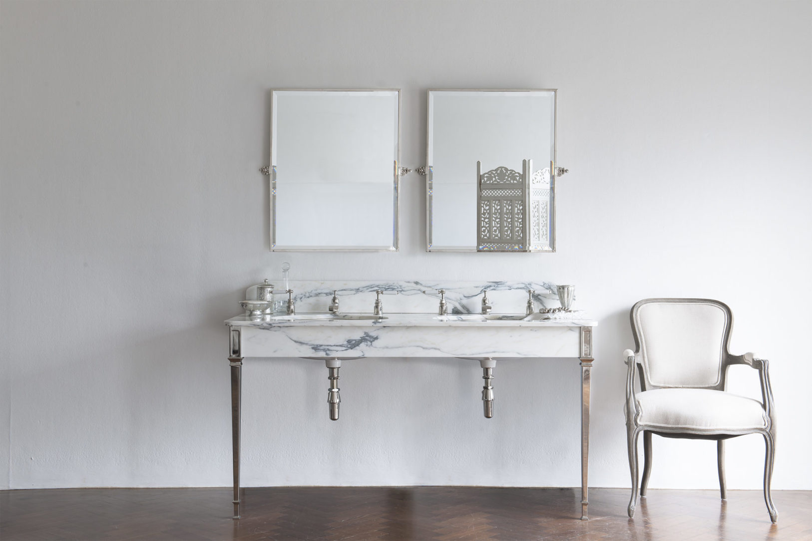 The Double Hebdern Vanity Basin Suite