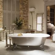 The Spey Cast Iron Bath Tub With Ball & Claw Feet