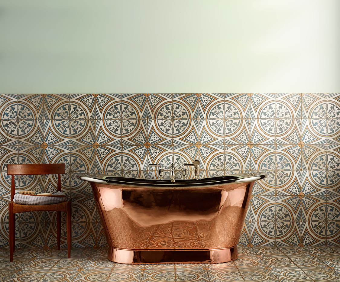 The Baby Tyne Copper Bath Tub With Nickel Interior