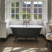 The Ashburn Small Cast Iron Bath Tub With Ball & Claw Feet